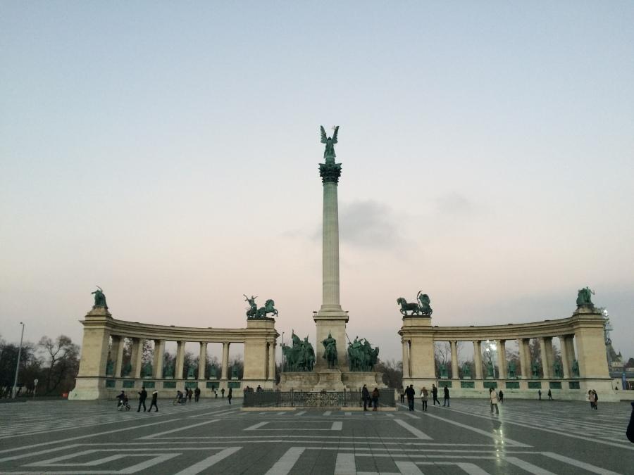 praça dos herois budapeste